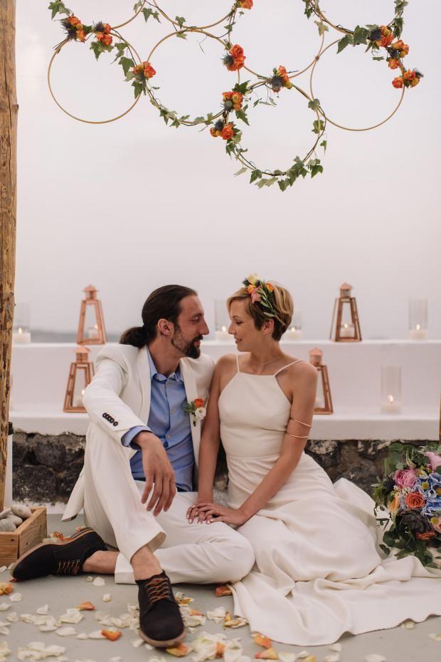 Bohemian Modern Wedding In Santorini Greece Tie The Knot In Santorini Wedding Wedding Modern Santorini Wedding