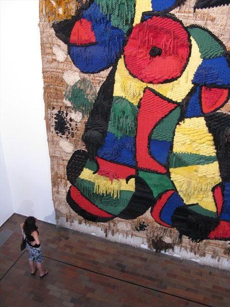 Joan Miro Tapestry Of The Foundation Google Search Kunst Schilderij Schilderij Kunst