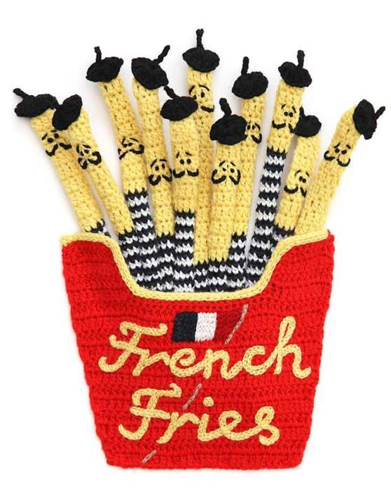 I want to learn how to knit, for real now. You mean I could make this? So cute.-TC the authentic french fries