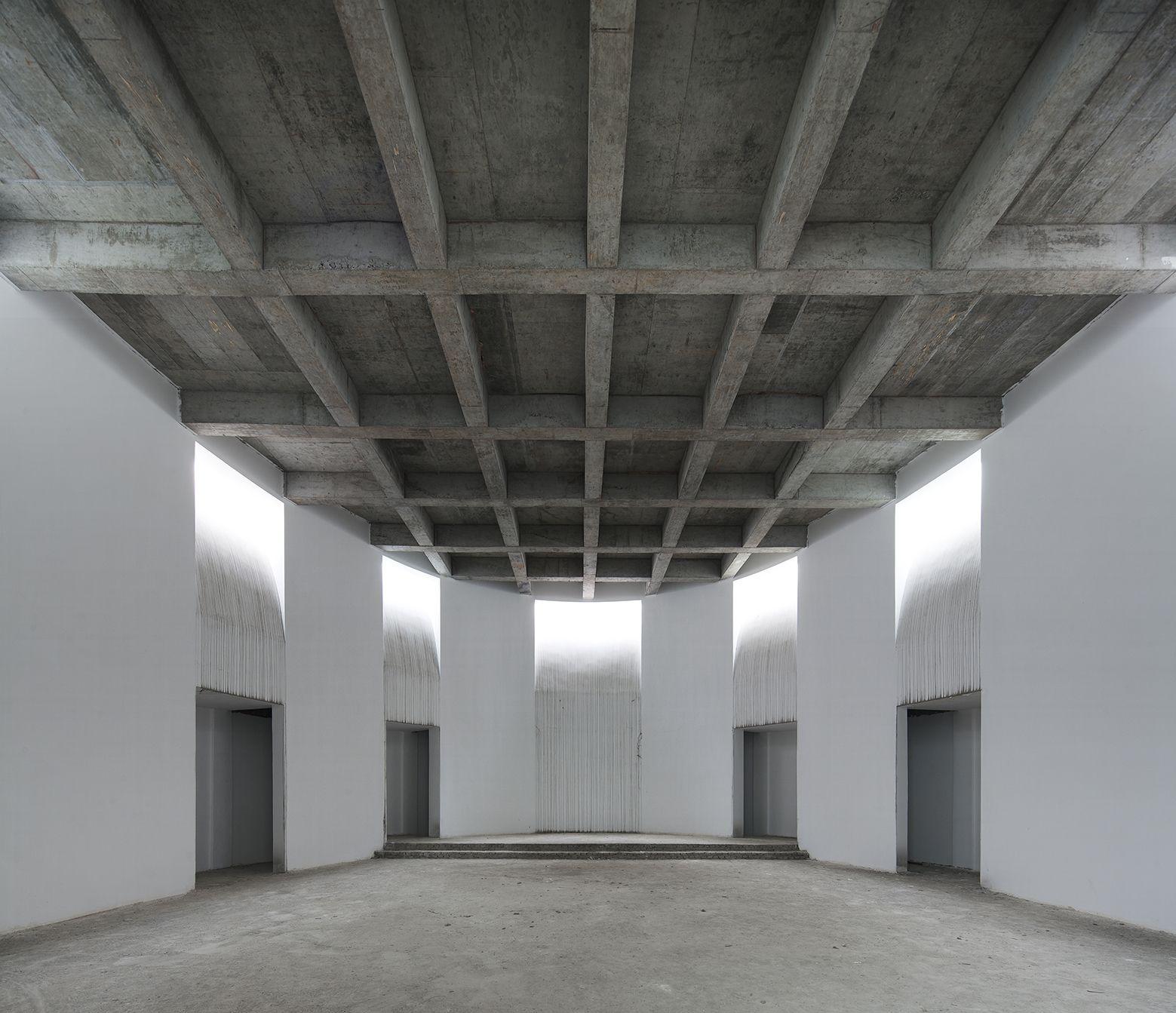 Galeria Arquitectonica: Galería De Iglesia Católica En Qichun / Leekostudio