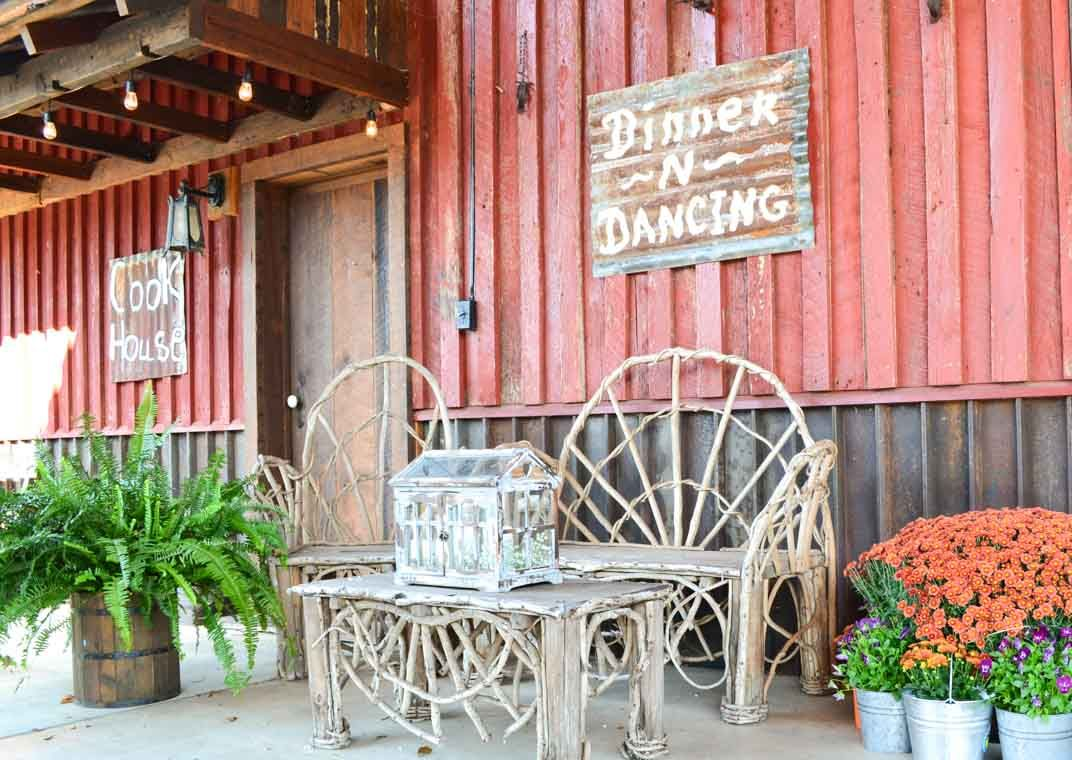 Wedding reception barn, wedding décor, fall wedding. Rustic barn wedding and reception venue in Alabama whiteacresfarms.com