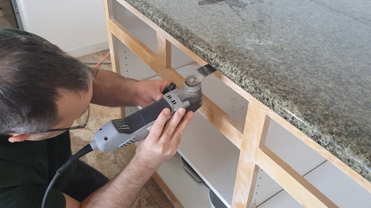 How to remove granite countertops without breaking the