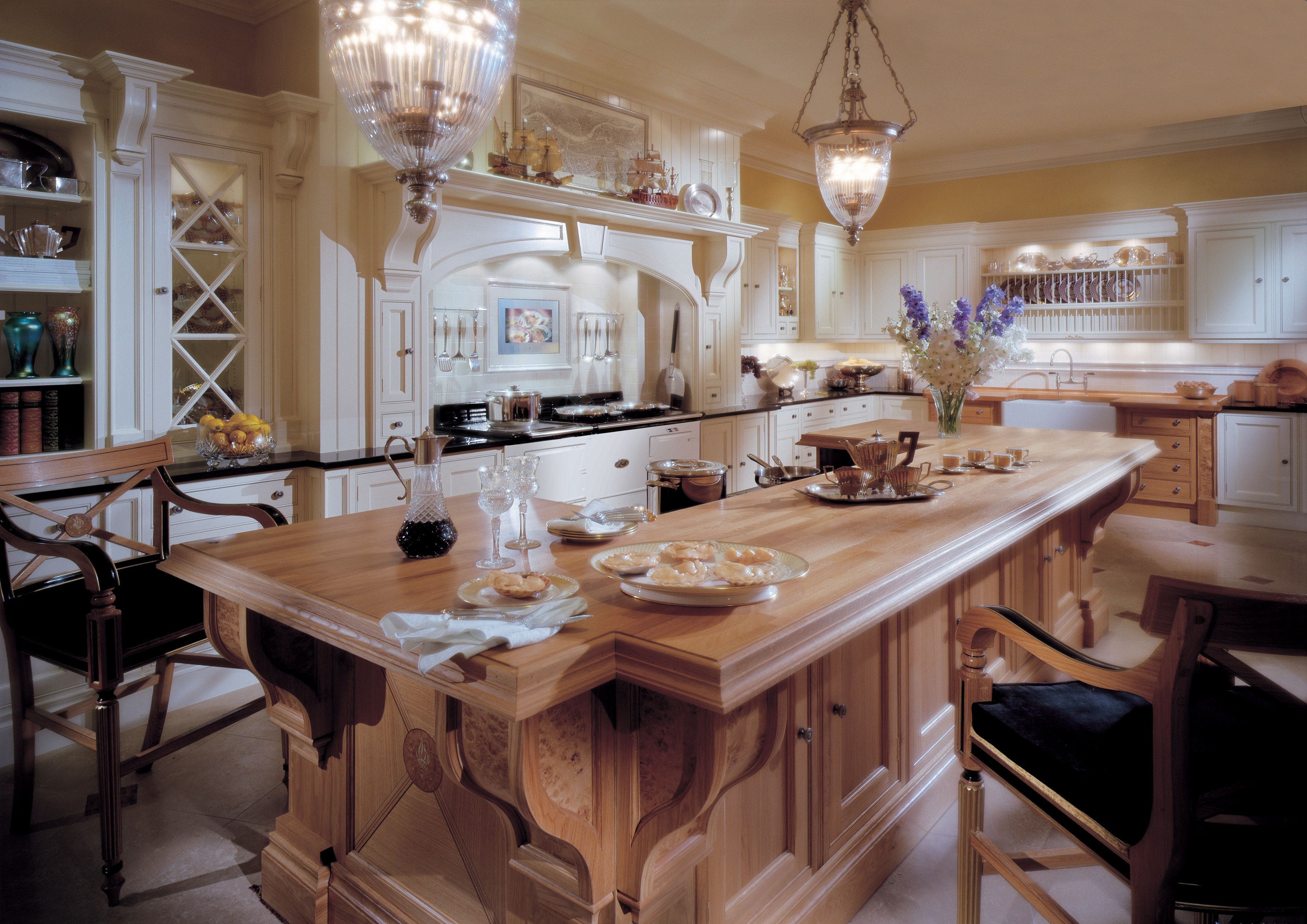 Best Classic Edwardian Edwardian Kitchen – Incorporating Burr 400 x 300