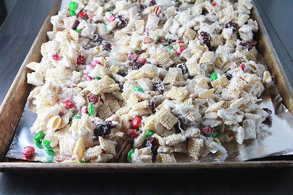Christmas chex mix recipe almond bark chex mix and pretzels food forumfinder Choice Image