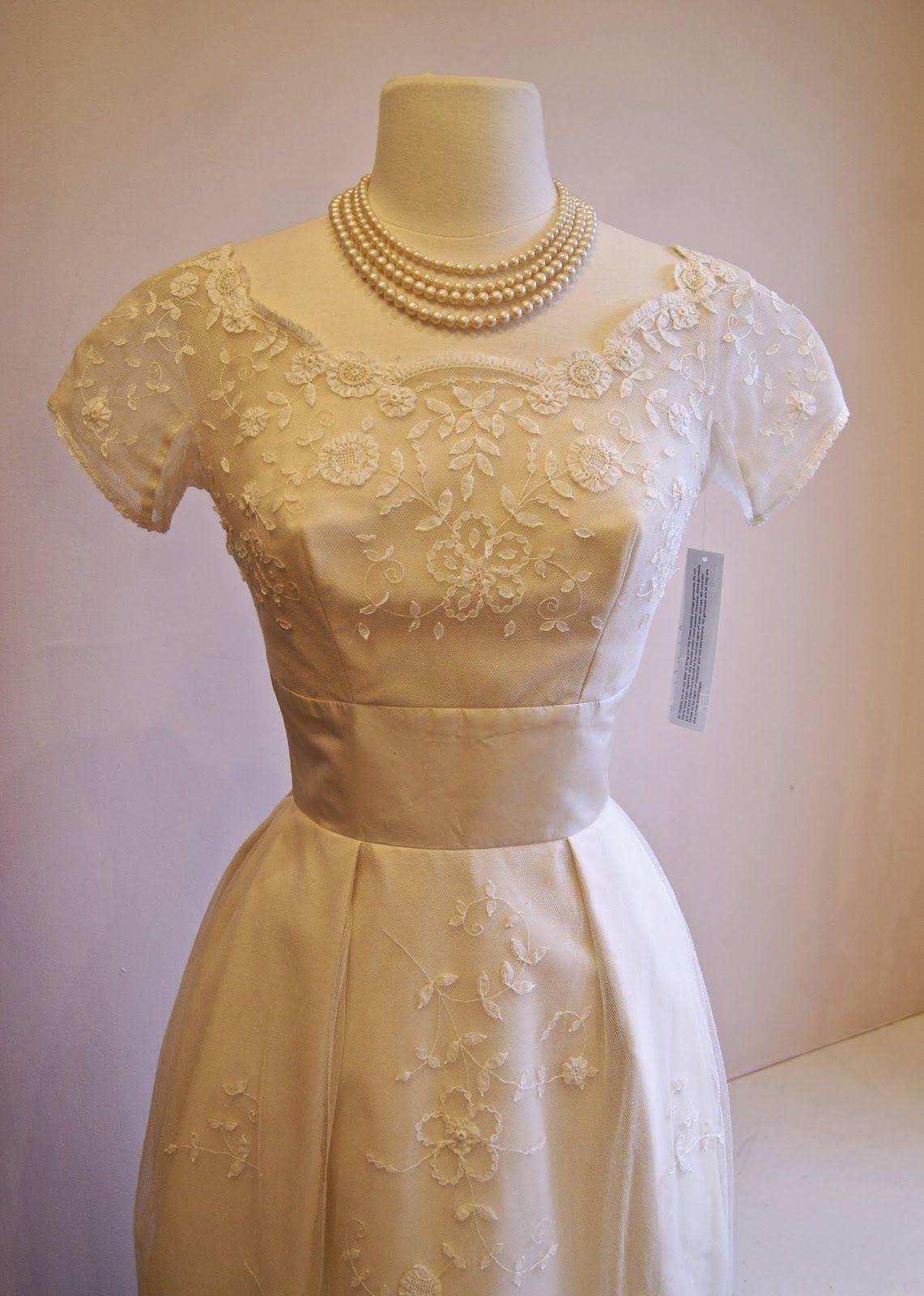Xtabay vintage clothing boutique portland oregon january 2014 xtabay vintage clothing boutique portland oregon january 2014 ombrellifo Gallery
