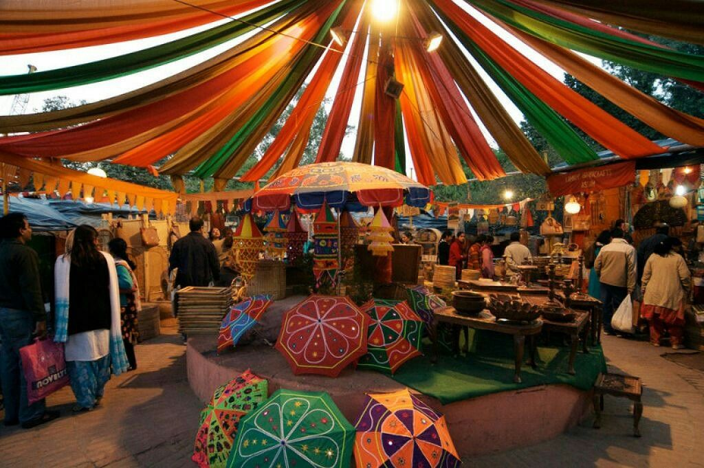 DilliHaat of Delhi is MadeForNow to visit and enjoy the