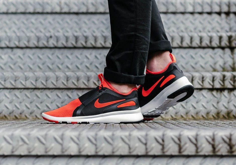Nike Air Current Slip-On Bright Crimson