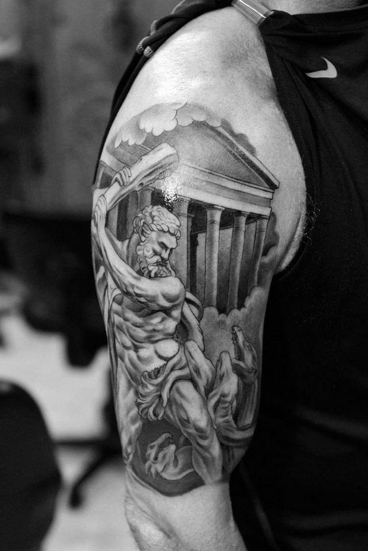 Idee Tatouage Homme Bras Zeus Mythologie Grecque Tattoosformen