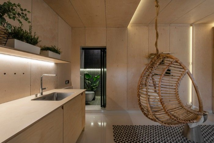 Dilapidated Garage Was Turned Into A Stunning 21 M2 Micro Home Micro House Architecture Bathroom Home