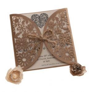 marrone kraft laser tagliato invito floreale Wedding portafogli x 25