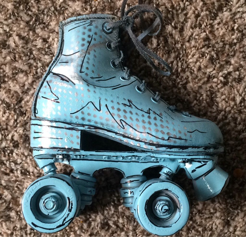 Roller skates book - Comic Book Skate 1