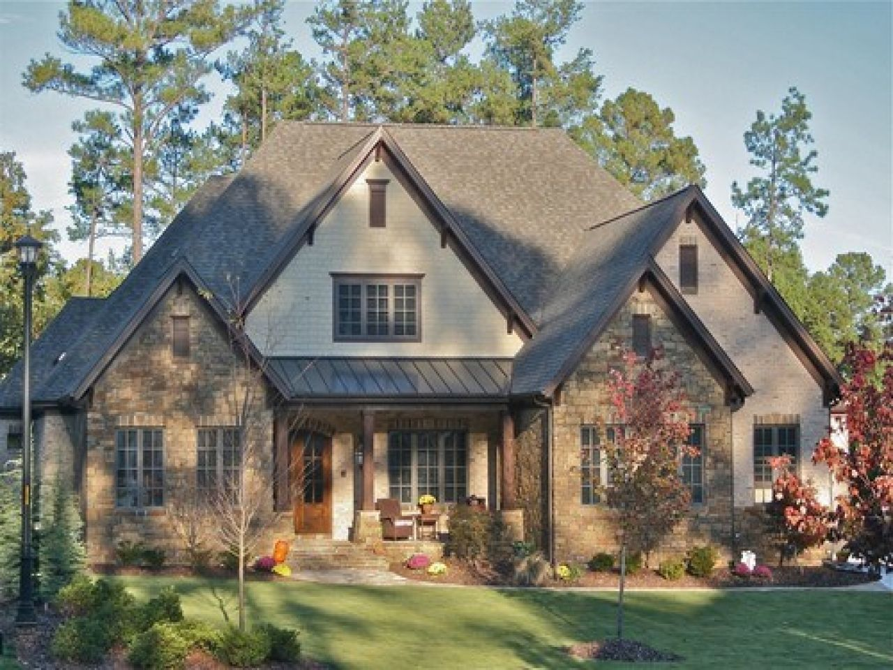 Houses With Stone And Dark Brown Trim Stone Homes Houses With