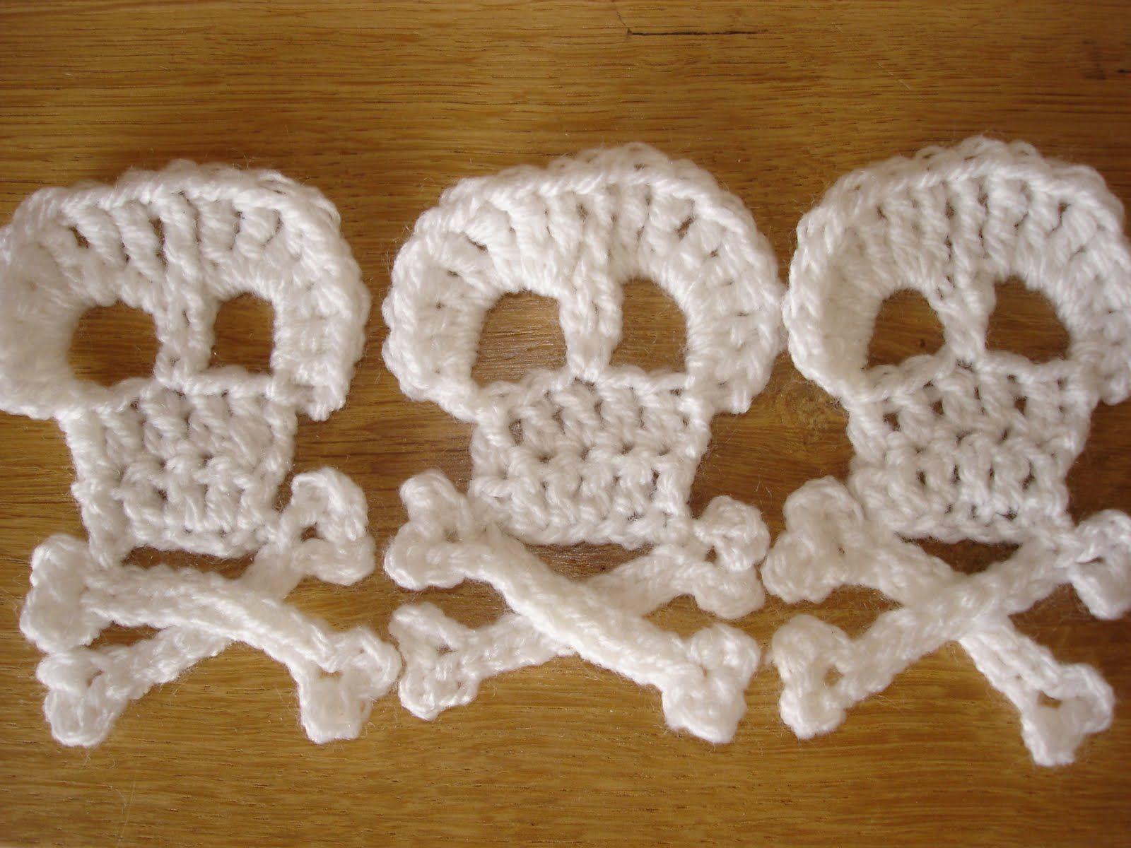 Crochet Skull Blanket Pattern   steel & stitch: Crochet pirate ...