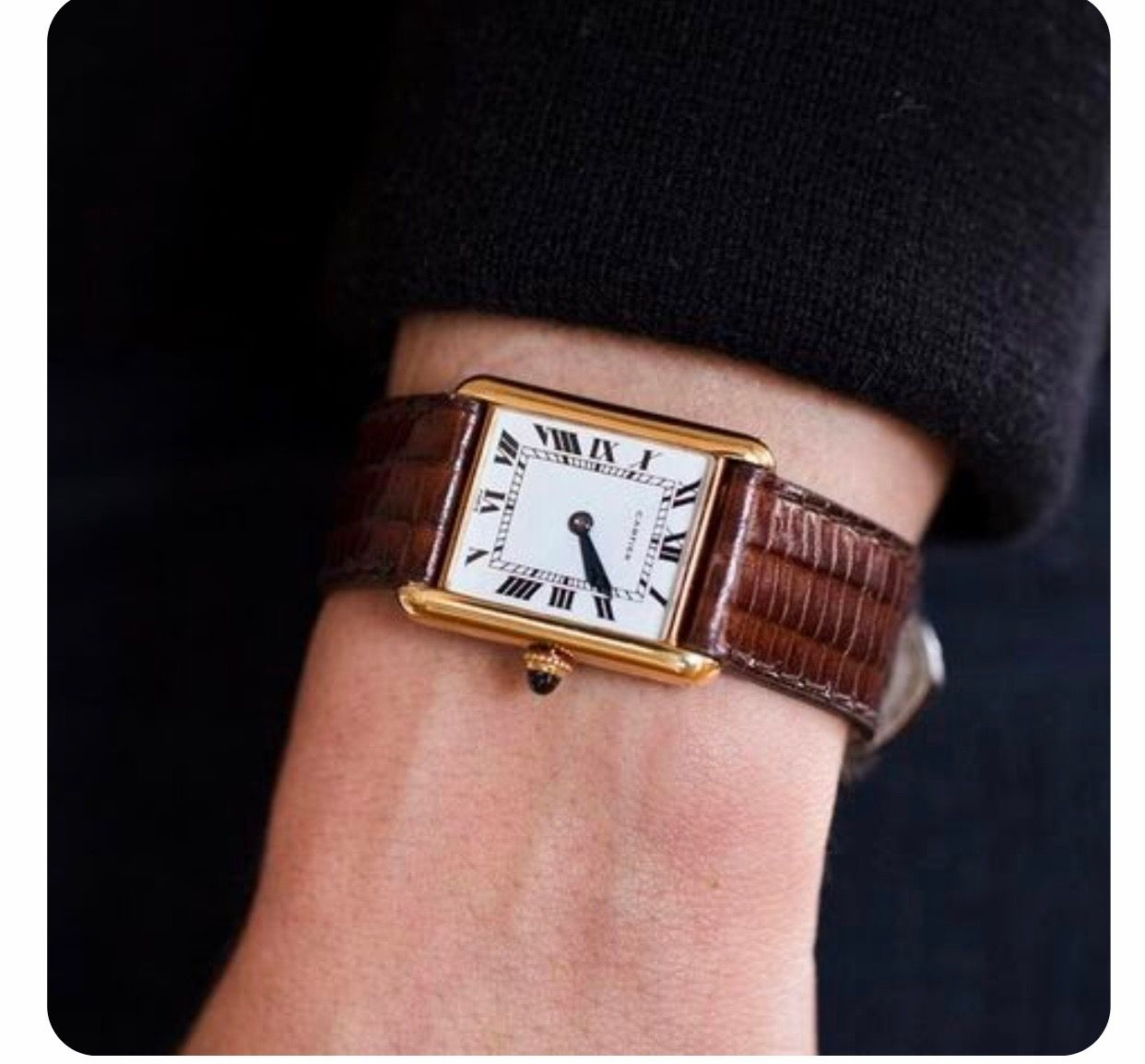TANK LOUIS CARTIER WATCH SMALL MODEL, 18K YELLOW GOLD, LEATHER, SAPPHIRE REF: W1529856 AU$ 12,200 #vintagewatches