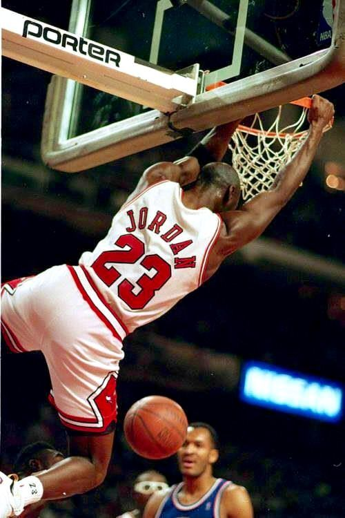 the best attitude 8fcfc db78c 23 Michael Jordan Dunking, Mike Jordan, College Basketball, Chicago Bulls  Basketball, Basketball