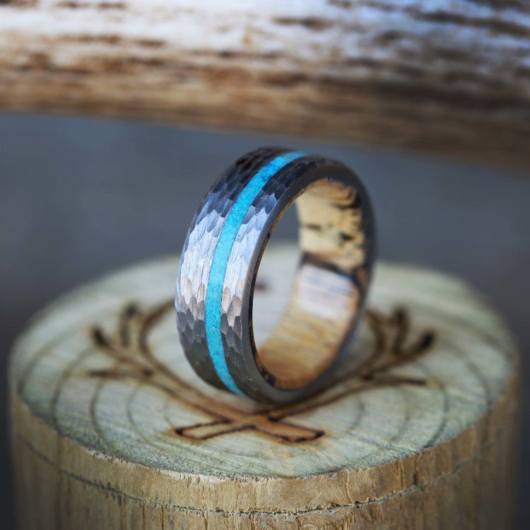 Vertigo Spalted Maple Lined Ring With Offset Turquoise Inlay And Hammered Finish Turquoise Wedding Rings Engagement Ring Buying Guide Antler Wedding Band