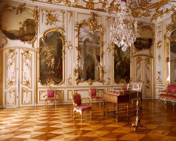Potsdam schloss sanssouci konzertzimmer blick auf for Innendekoration berlin