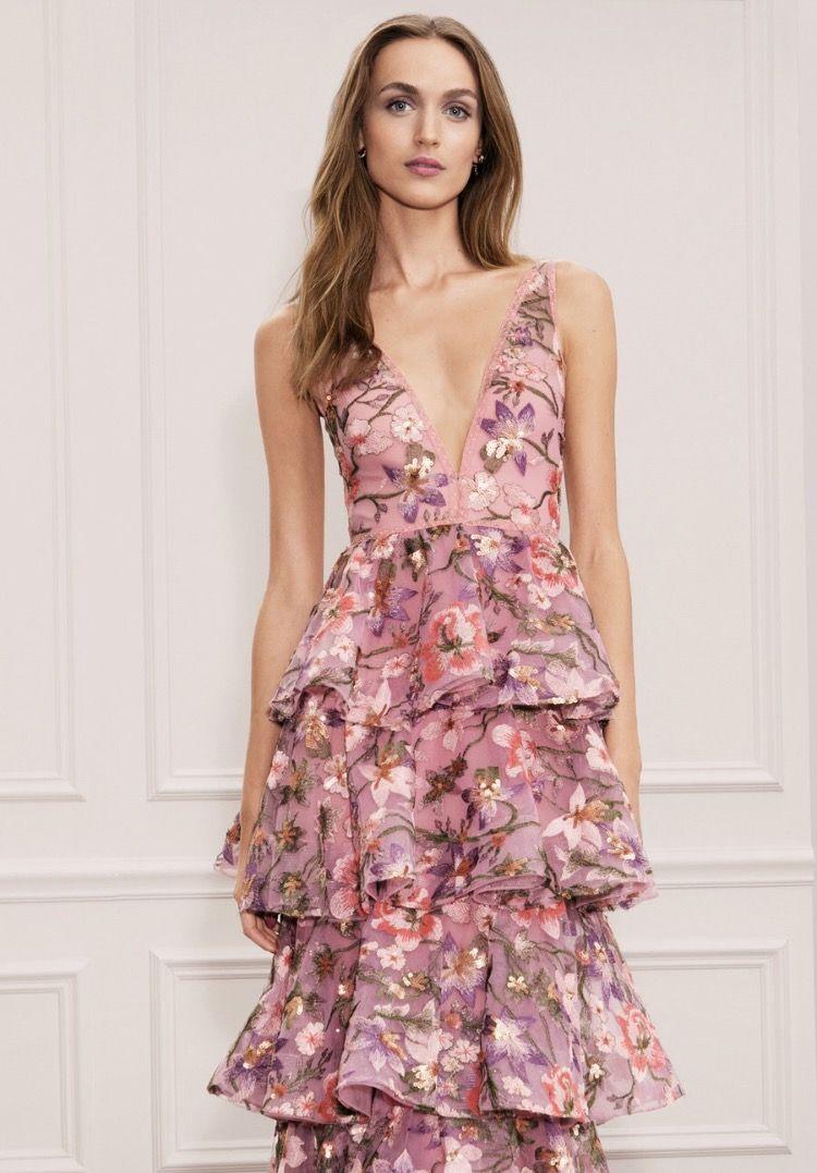e29f46979ab1 Marchesa Notte Spring 2018 Ready-to-Wear Fashion Show | trajes y ...