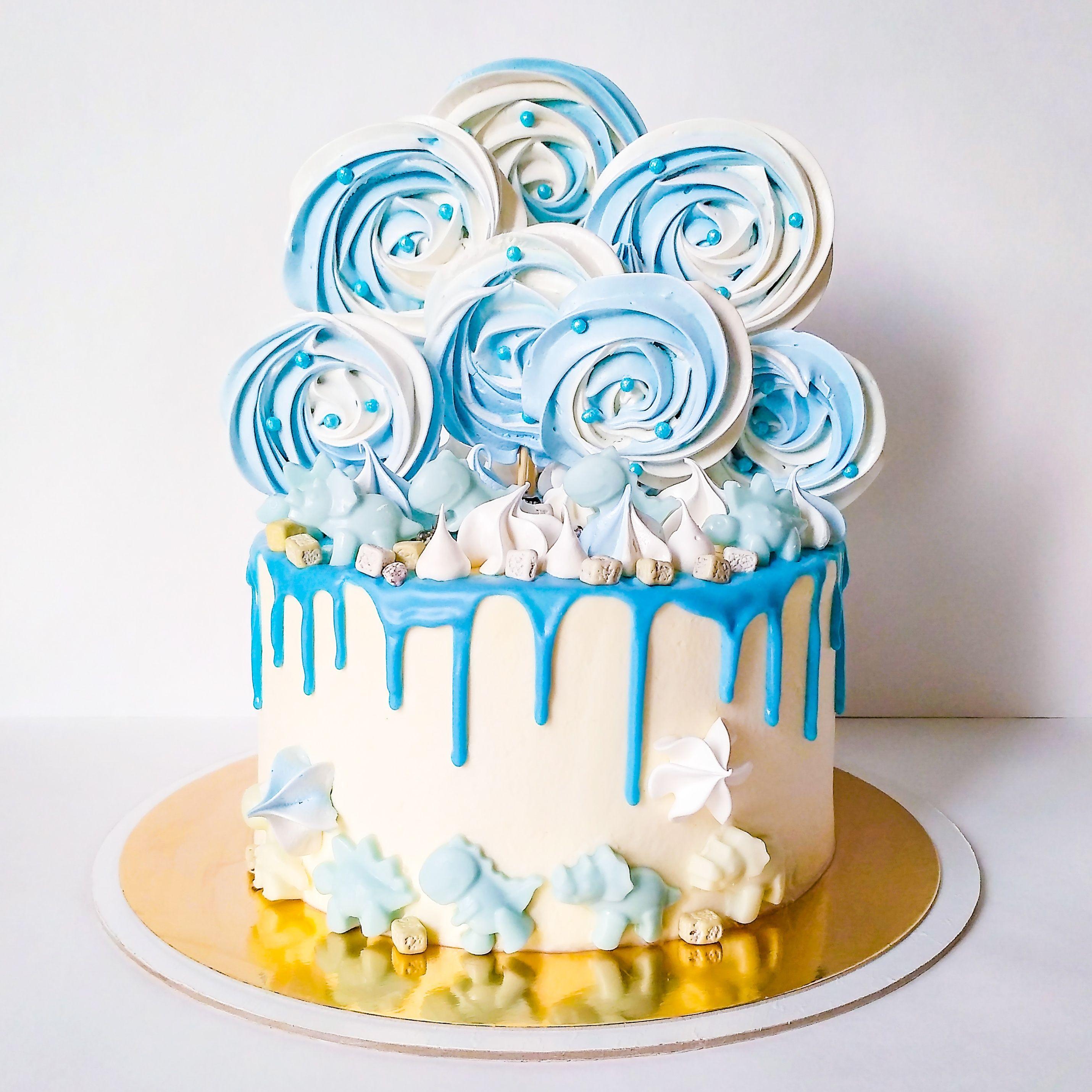 Детский торт на день рождения мальчика в бело-голубых ...