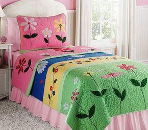 Quarto em patchwork e quilt para meninas