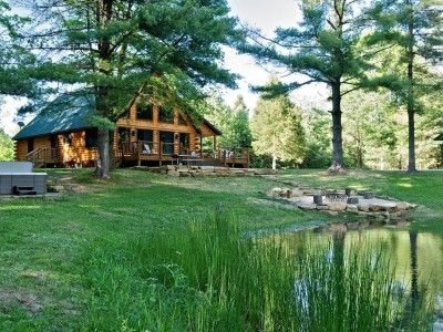 Beats Workinu0027 Vacation Cabin In Brown County Indiana. Looks Like A Ladies  Vacation Spot