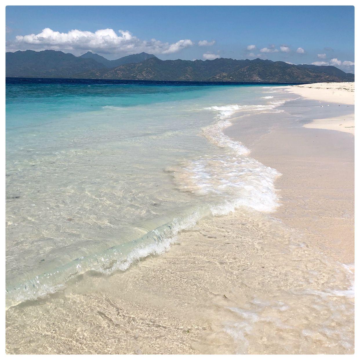 Splashing into mid week with some Indonesian saltiness at Gili Meno  #beach #nature #sea #love #summer #water #beautiful #beachlife #adventure #sun #beauty #explore #island #relax #vitaminsea #calm #splashofsalt