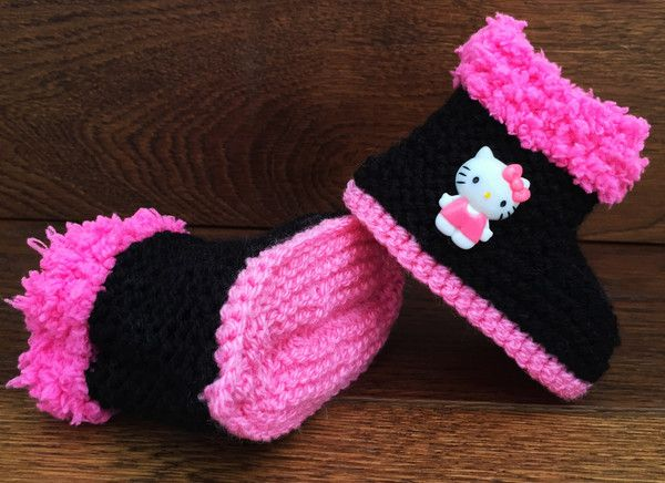 a2929d15ce2d8 Baby Girl Hello Kitty Hand Knitted Boots Booties Slippers – Funky ...