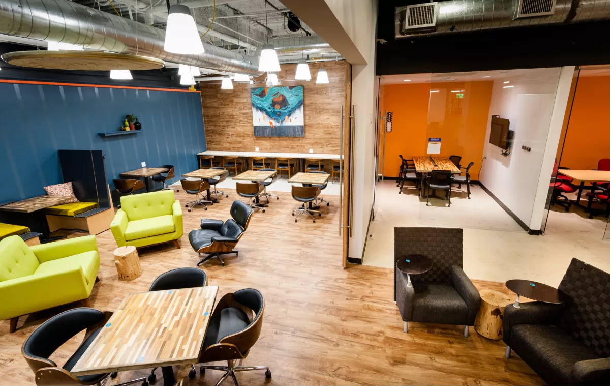 Unique Group Work Spaces With Images Coworking Coworking Space Shared Office Space