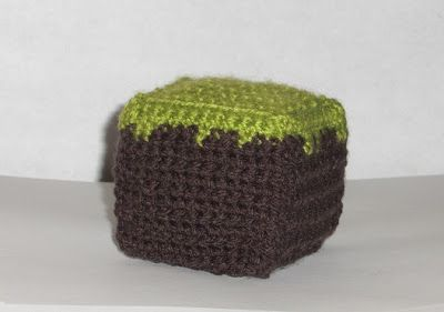 draadje's blog: Free Pattern: Minecraft dirt block cube