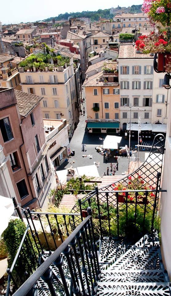 Vista della terrazza dell' albergo Campo de' Fiori