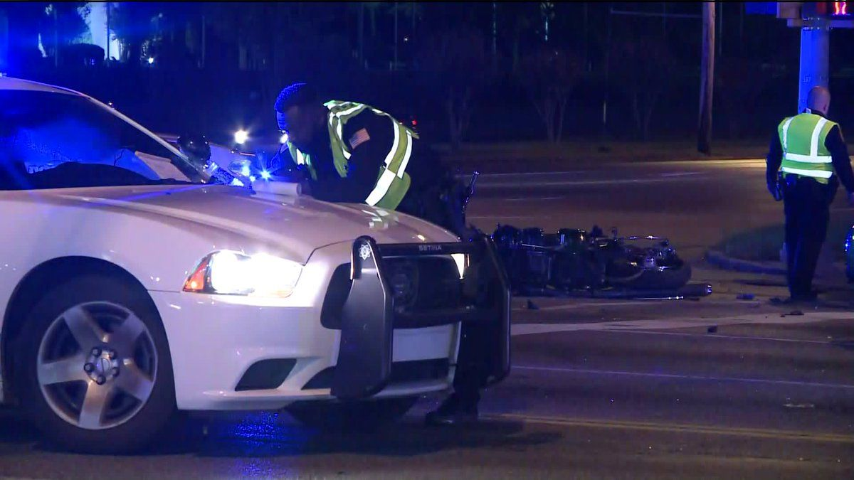 Memphis a crash at kirby and winchester thursday evening