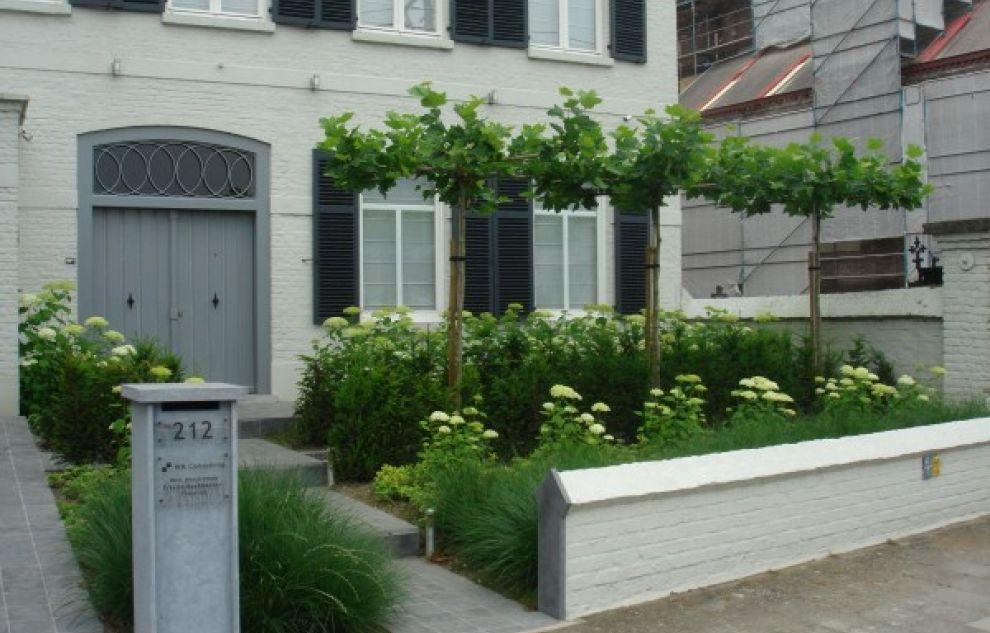 Voortuinen op pinterest vaste planten tuinpaden en cottage gardens - Rijtjeshuis fotos ...