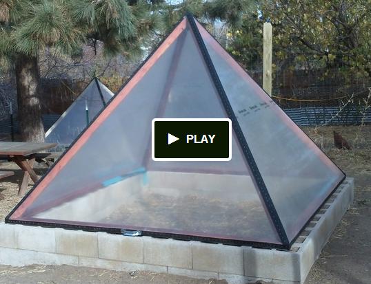 Pyramid shape greenhouse tuin Pinterest Gardens