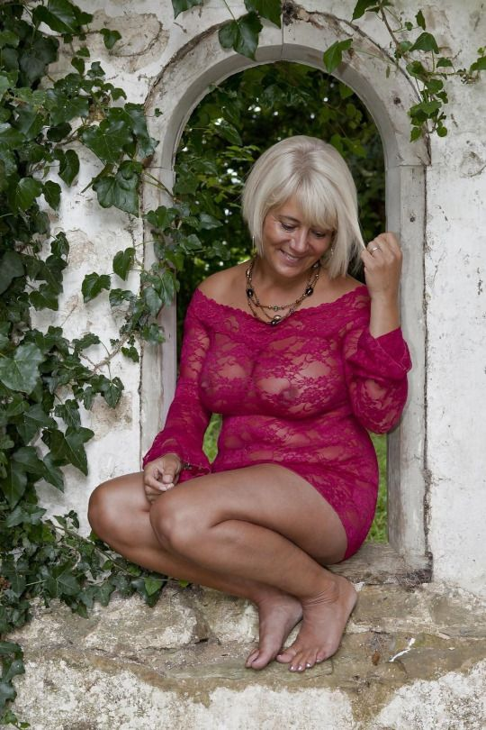 Sexy older mature ladies