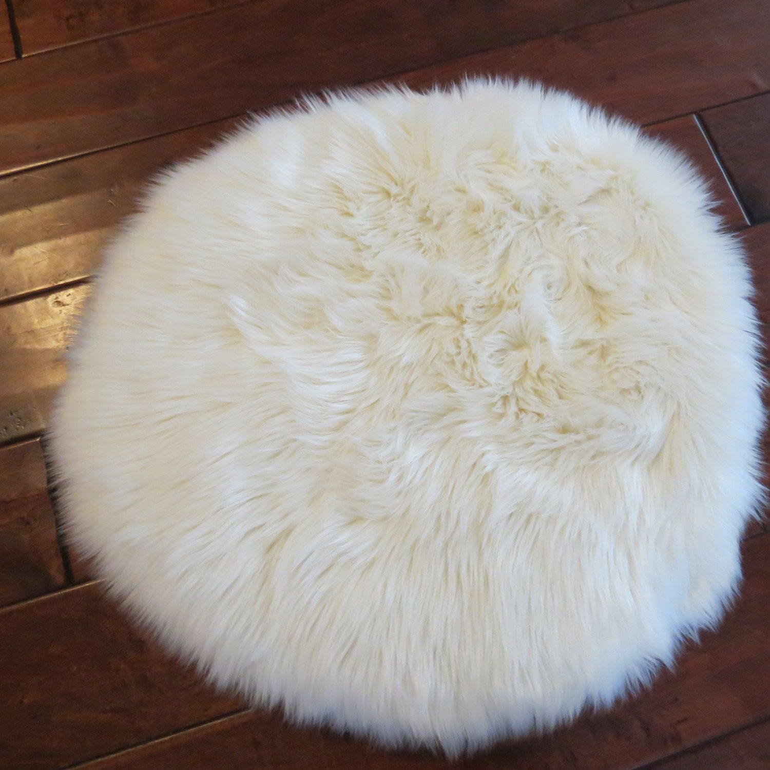 Gy Faux Fur White Pet Luxury Lounge Rug Large 40 Round 45 00
