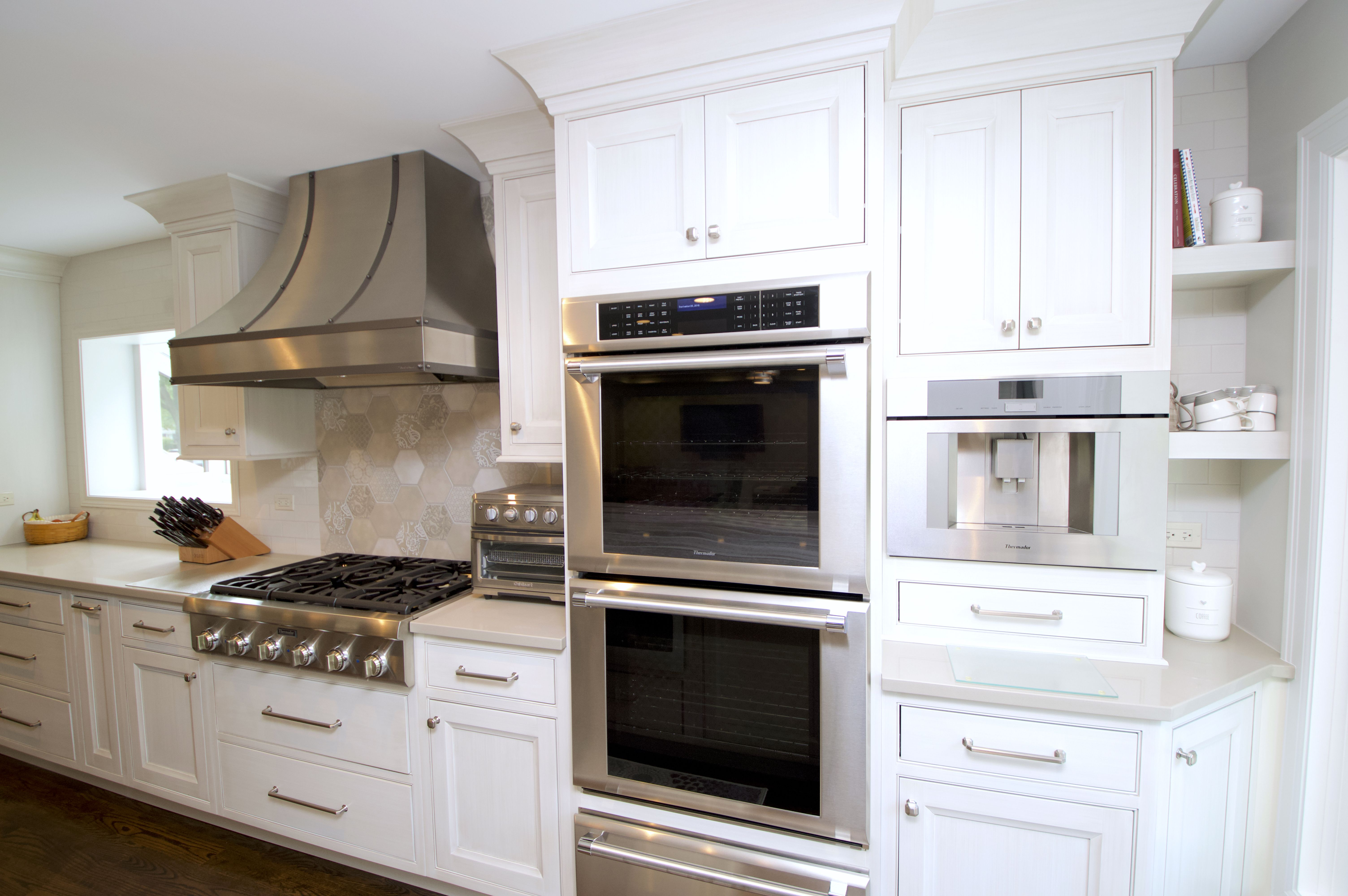 Dreaming of Double Ovens And White Kitchen Cabinets ...
