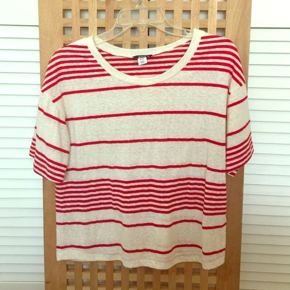 BDG brand boxy tee❤️ Lightweight vintage boxy menswear inspired tee. Red and white striped. EUC. Will fit small-medium. Urban Outfitters Tops Tees - Short Sleeve