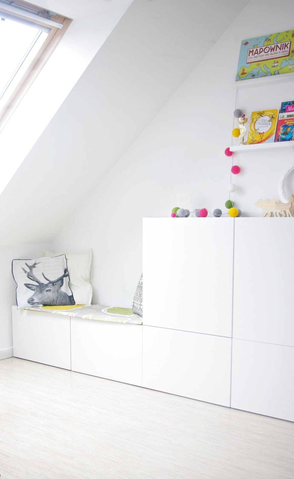 Best of BESTA: Inspiration for IKEA\'s Most Versatile Unit | Reading ...