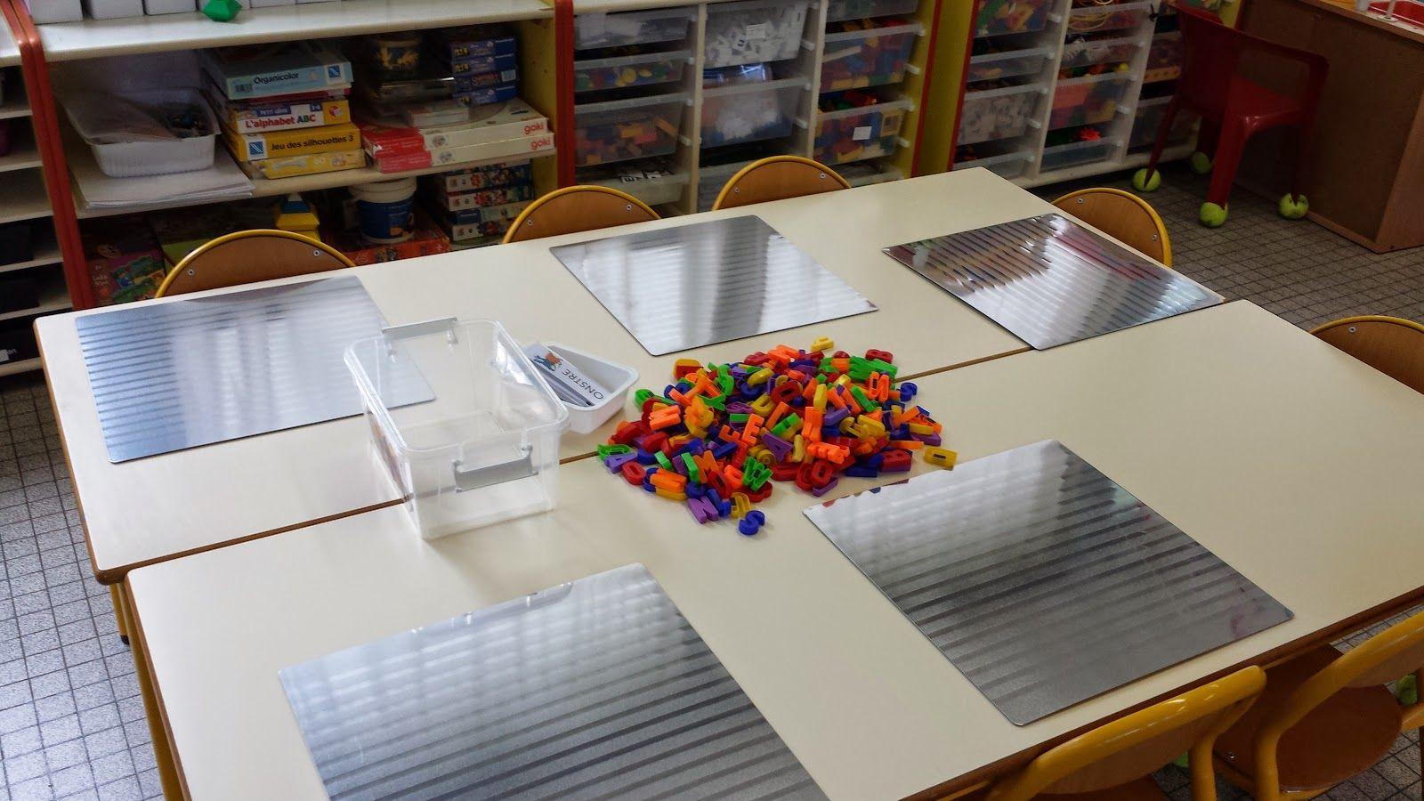 set table ik a magn tique et lettres aimant es sur maternelle de laur ne organisation classe. Black Bedroom Furniture Sets. Home Design Ideas