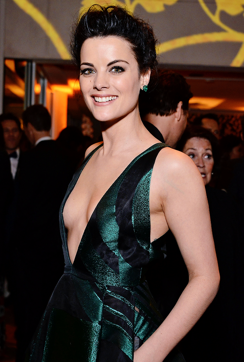 """mcu-cast: """" """"Jaimie Alexander attends the 73rd Annual Golden Globe Awards held at the Beverly Hilton Hotel on January 10, 2016 in Beverly Hills, California. """" """""""