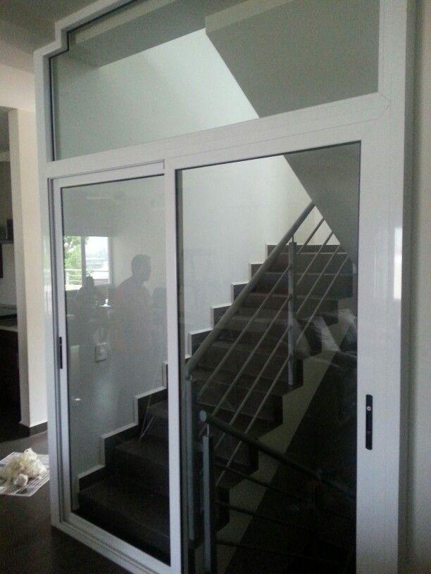 Puerta corrediza serie 80 de cuprum ventanas de for Puerta ventana corrediza aluminio