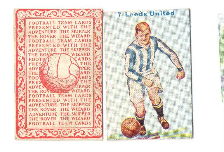 FOOTBALL PICTURE CARD 7 ISSUED BY  DC THOMPSON SHOWING LEEDS UNITED c1934 ie.picclick.com