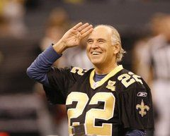Jimmy Buffett bleeds black and gold for the Super Bowl-bound