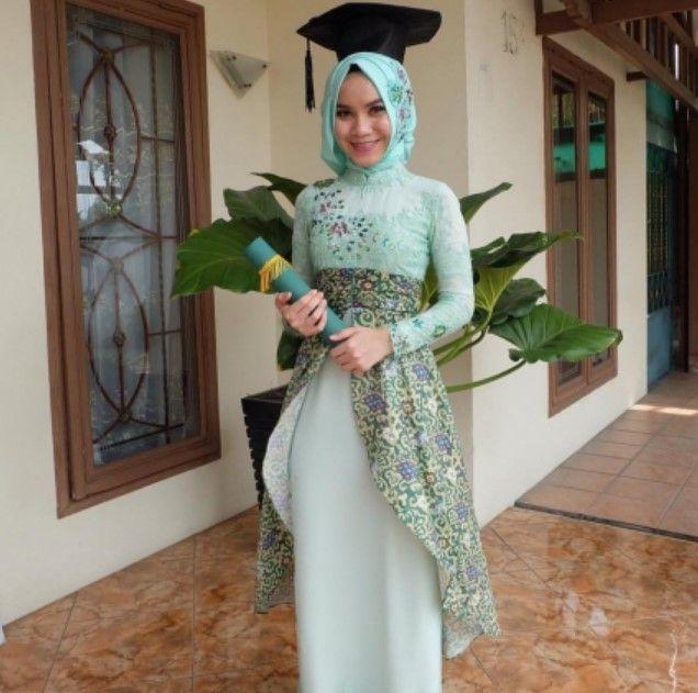 100+ Model Gamis Batik Kombinasi Brokat Terbaru 2019