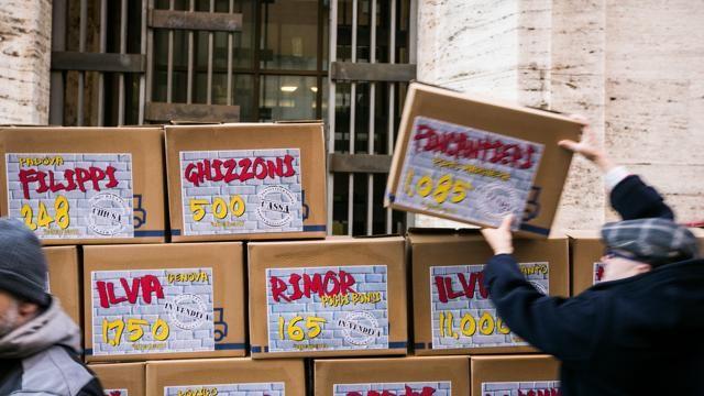 #Fiom: per ogni azienda in crisi uno scatolone
