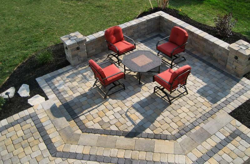 Paver patio. Like the edging. | Gardening & Outdoor | Pinterest ...