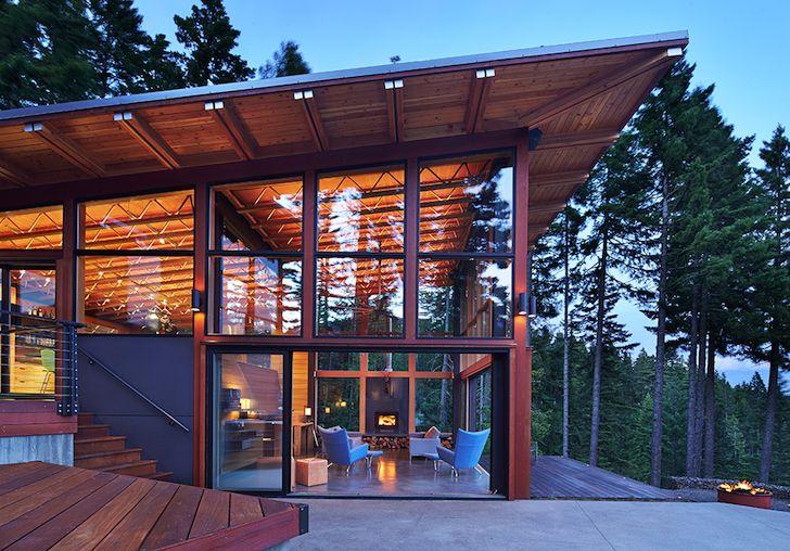 Solar Powered Base Camp Embraces Nature Through Energy