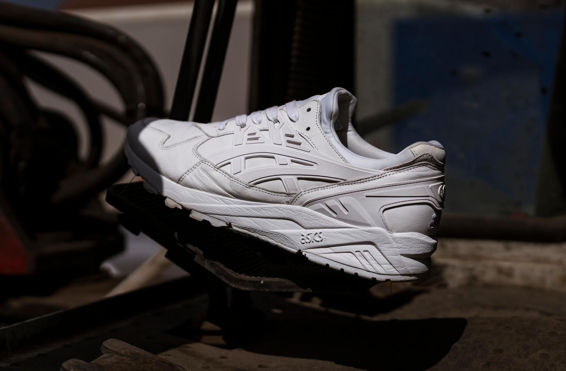 size? Gives the ASICS GEL-Kayano a
