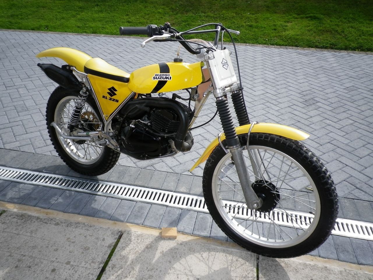 suzuki rl 325 1981 motos trial clasicas pinterest car fuse box for sale