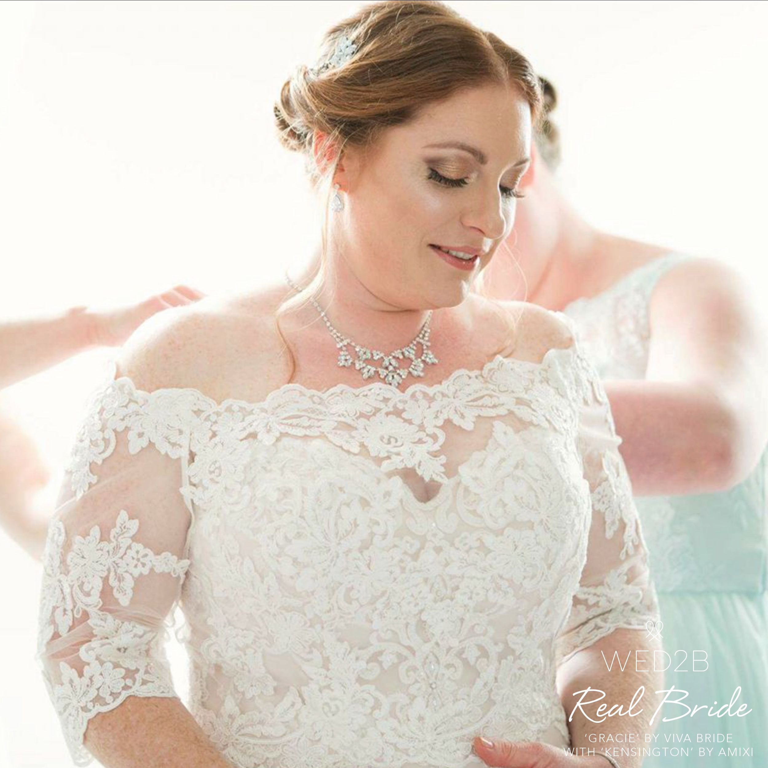 Real Brides Wed2b: Stunning Real Bride Laura Looks Amazing In 'Gracie' By